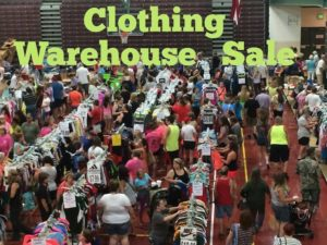 Mall Outlet New Clothing Warehouse Sale